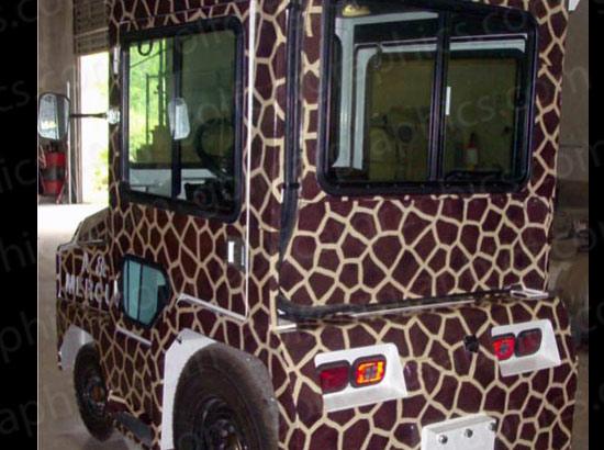 golfcar-wrap-130-giraffe-2