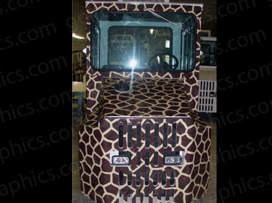 golfcar-wrap-130-giraffe-3