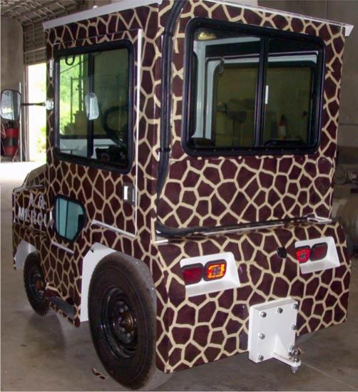 golfcar-wrap-130-giraffe-4